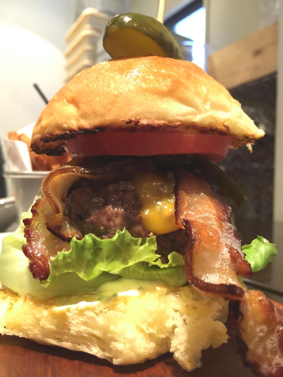 Woody ハンバーガー